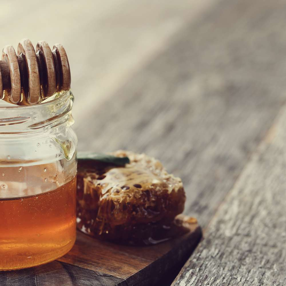 Honeycomb with jar